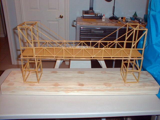 Comment construire un pont en spaghetti la r ponse est - Construire un petit pont en bois ...